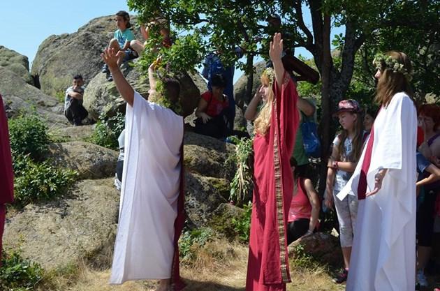Коронавирусът удари тракийските богове
