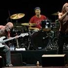 """Групата """"Ред хот чили пепърс"""" ще изнесе концерт в подножието на египетските  пирамиди"""