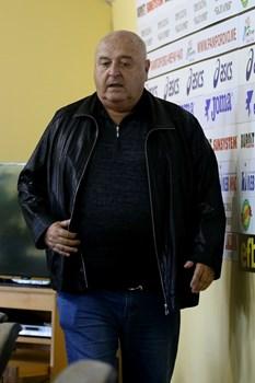 Изписаха Венци Стефанов