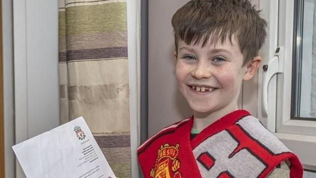 """Клоп пише на 10-годишен фен на """"Юнайтед"""""""