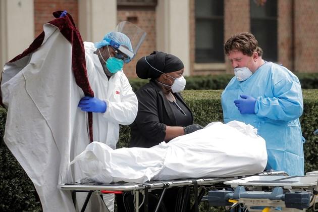 Нови 779 смъртни случая в Ню Йорк