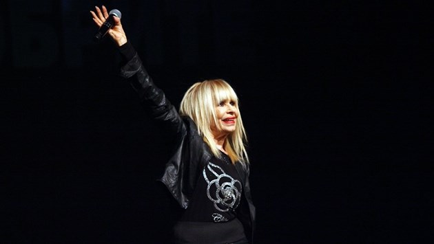 Лили Иванова разпродаде концертите