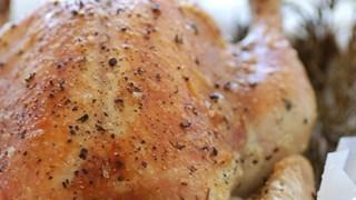 Пълнено пиле с дроб и розмарин
