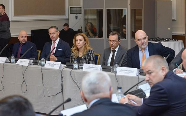 Експерти: Трябват европравила за киберсигурността