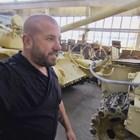 Динко с цяло хале танкове