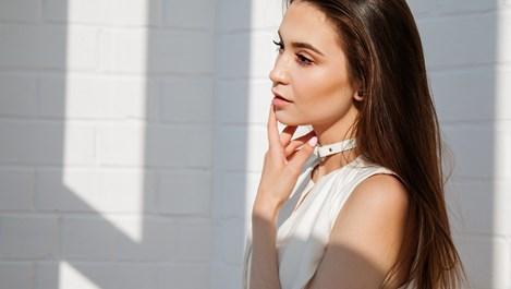 Изтрийте бръчките от лицето с тези 7 упражнения