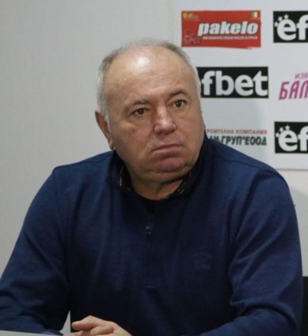 Чаво Цветков гневен на Акрапович