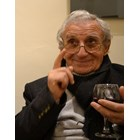 Легендарният Анжел Вагенщайн на 99 г.: Крия си годините пред дамите, особено пред французойките