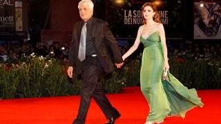 Защо известните мъже са с по-млади жени