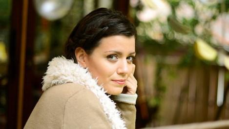 Ралица Паскалева: Предпочитам съобщение в 3 през нощта, отколкото роза в целофан