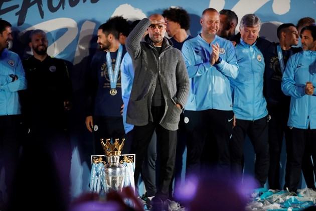 """УЕФА бие шута на """"Сити""""!"""