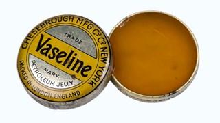 За какво служи вазелинът в домакинството