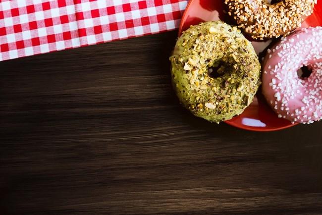 Храниш ли се на работното място?