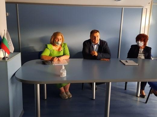 Емил Радев: Реформите се правят заради хората, а не заради докладите
