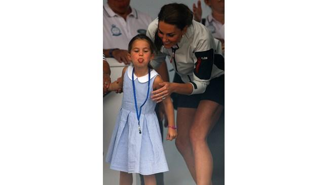 Кейт Мидълтън ще придружи Шарлот на първия учебен ден, а с Джордж не успя (Снимки)