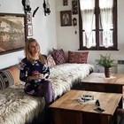 Ева Веселинова спи на чуждо