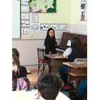 Фолкпевци в класната стая