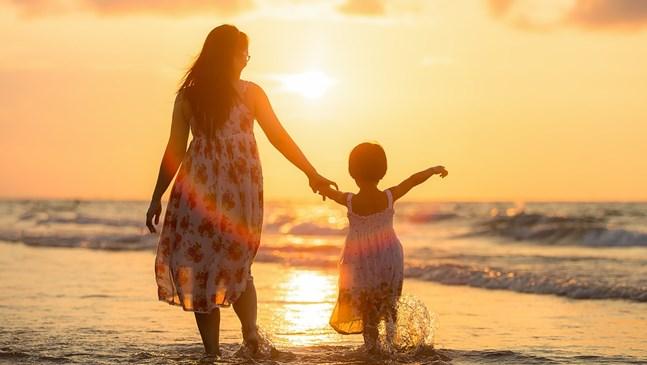 Притча за заетата майка
