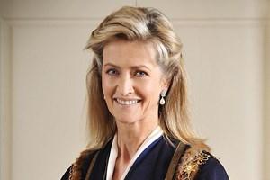 Въпреки разликата от 32 г. във възрастта Пени Ромзи и до днес е една от най-близките приятелки на принца.