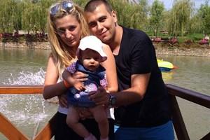 Дарина, Викторио и малката Никол