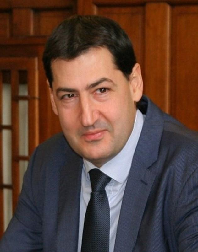 Фамилията на кмета Иван Тотев - най-богата в Пловдив, според анкета