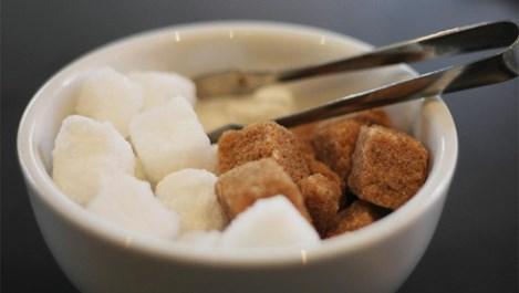 Бяла или кафява захар?