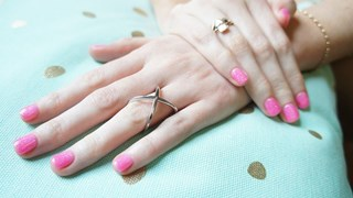 Лакът за нокти говори за характера