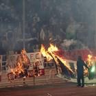 Кръв и огън на дербито в Атина