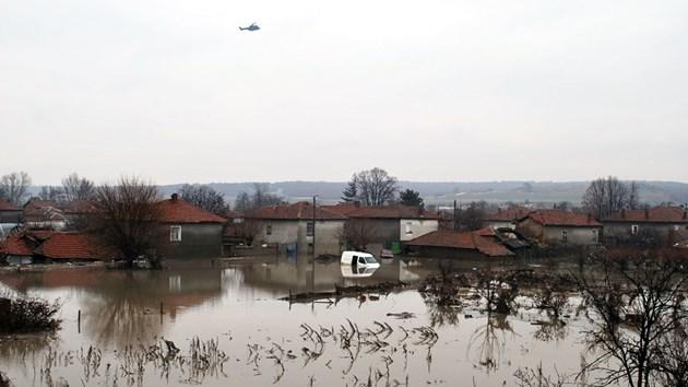 Оцелели шест години след трагедията: В Бисер чакаме водата пак да ни залее