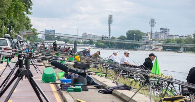 200 рибари идват за световното