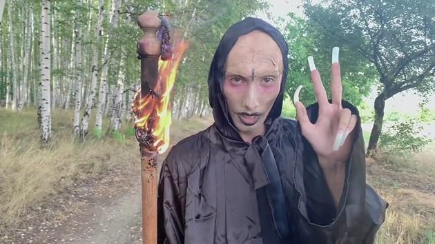 Сатанисти с маникюр конкуренция на Криско