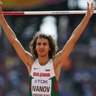Тихомир Иванов тича на село