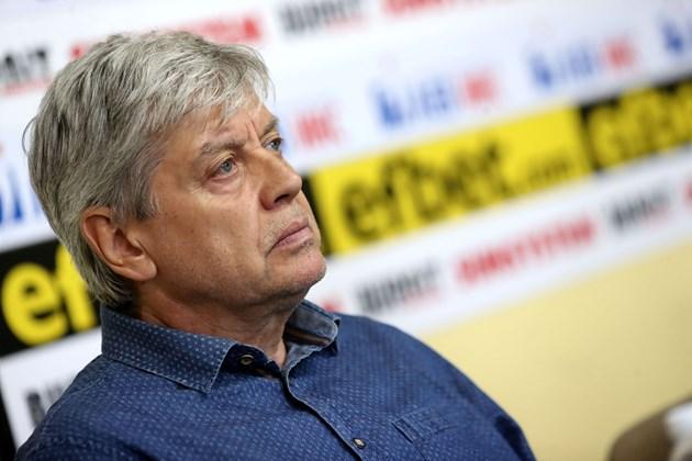 """Легендата на """"сините"""" Емил Спасов: Съчувствам на Наско в битката за """"Левски"""""""