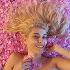 """Блондинката Ева аут от """"На кафе""""... засега"""