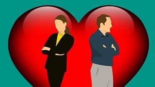9 очевидни признака, че половинката ти изневерява