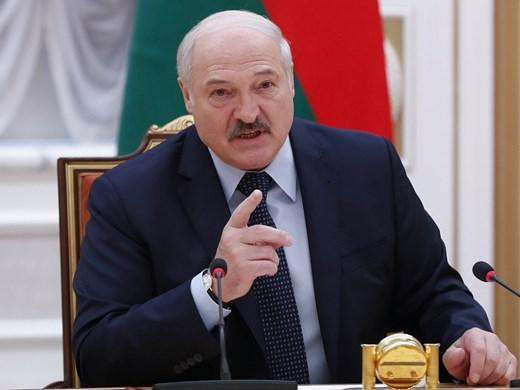 Беларус осъди журналист на затвор за обида на президента в изтрити съобщения в чат