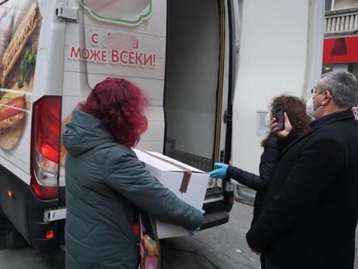 Ваксините пристигнаха и в Бургас