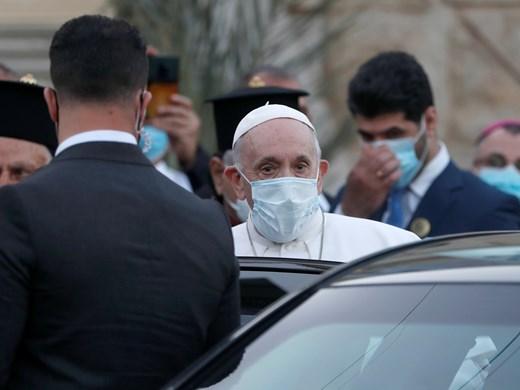 """Папата осъди безумните жестокости на """"Ислямска държава"""" срещу язидите в Ирак"""