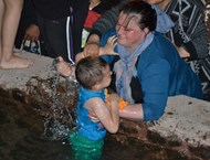 Хиляди търсиха изцерение от извор в Родопите (Видео, снимки)