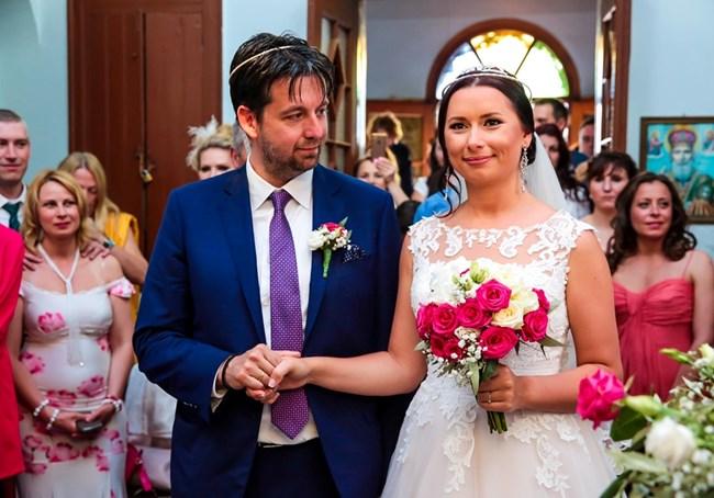 Наталия Кобилкина вдигна голяма гръцка сватба.