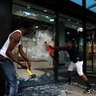 Демонстранти нападнаха и централата на Си Ен Ен в Атланта (Снимки и видео)