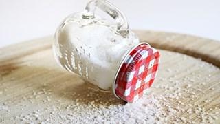 Премахване на отрицателната енергия със сол