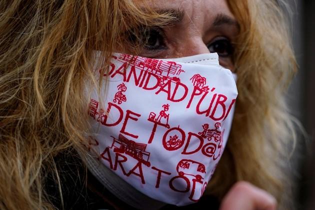 Чудото от Мадрид: пълни улици и кафенета, а Ковид-19 е в отстъпление