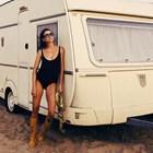 Диляна Попова цял ден на бар на морето
