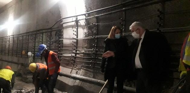 Фандъкова: Високо ниво на подземните води е вероятната причина за проблема в метрото