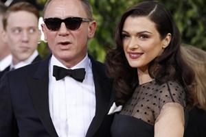 """Даниел Крейг със съпругата си Рейчъл Уайз на наградите """"Златен глобус"""""""