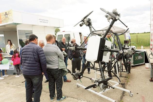 Дрон за пръскане привлече вниманието на много посетители на БАТА Агро 2021