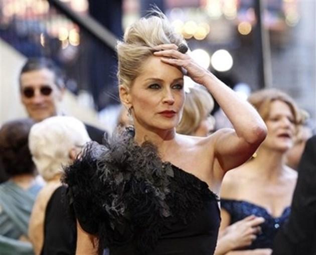 Шарън Стоун съди рапърката Шанел Уест Коуст заради песен, ползвала имената й в нея