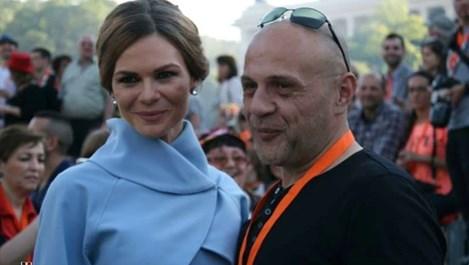 Жената на Томислав Дончев - същинска Мелания Тръмп!