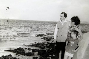 """Разходка по крайбрежната алея """"Малекон"""" в Хавана, преди заминаването ни за Франция и Белгия."""